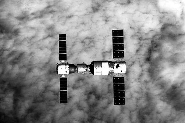 The Tiangong-2 Space Station will enter the atmosphere (and burn there) in a few hours