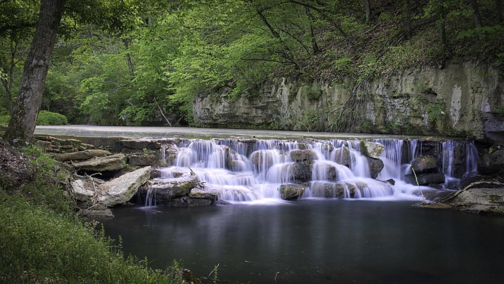 Dogwood Canyon Falls