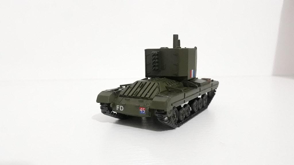My First 1/72 Armored Model. Bishop MK1   23rd Armoured Brigade 142nd Field Regiment, Tunisia, 1943