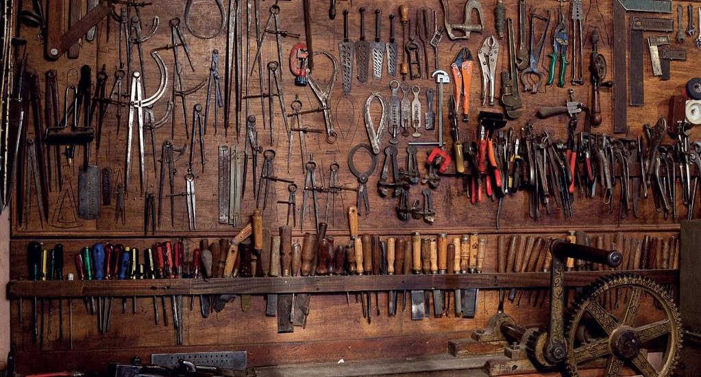 pared-de-herramientas-pallarols
