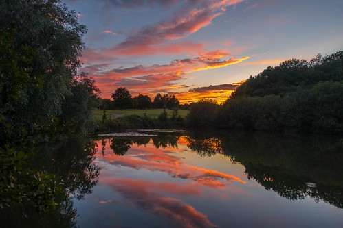 thurnham summer sunset water maidstone reflections sonyrx100m3 lake bearstedgolfcourse kent tree clouds england