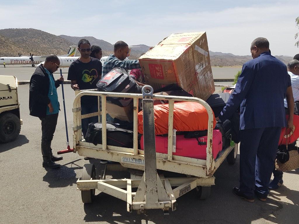 Taśma bagażowa na lotnisku w Lalibeli