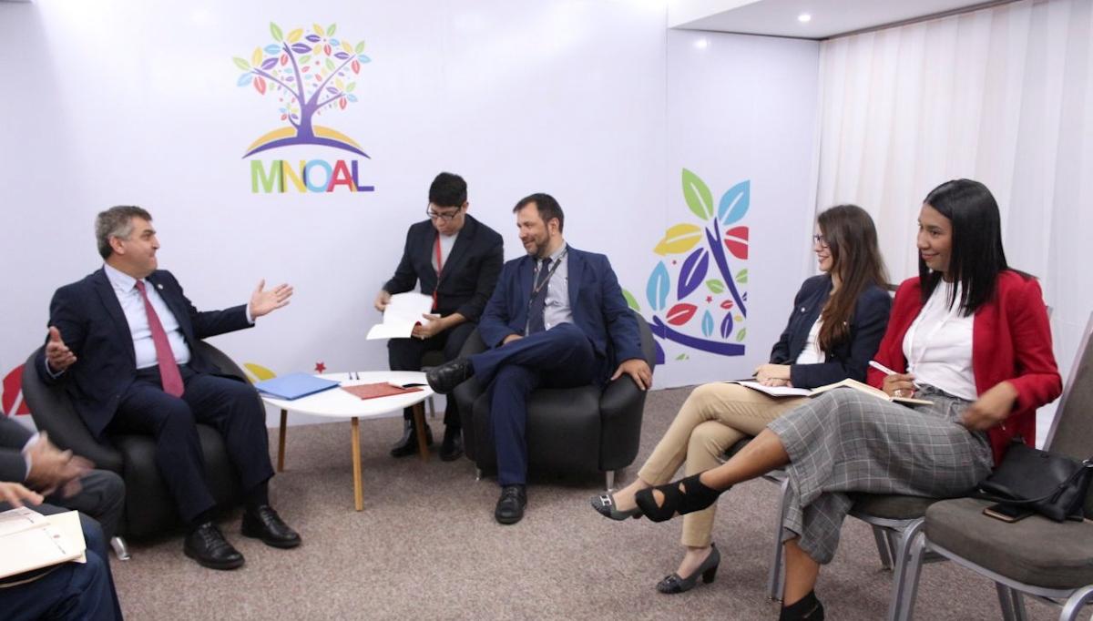 Viceministro Yván Gil recibe delegaciones de diferentes países que visitan Venezuela en el marco de la Mnoal