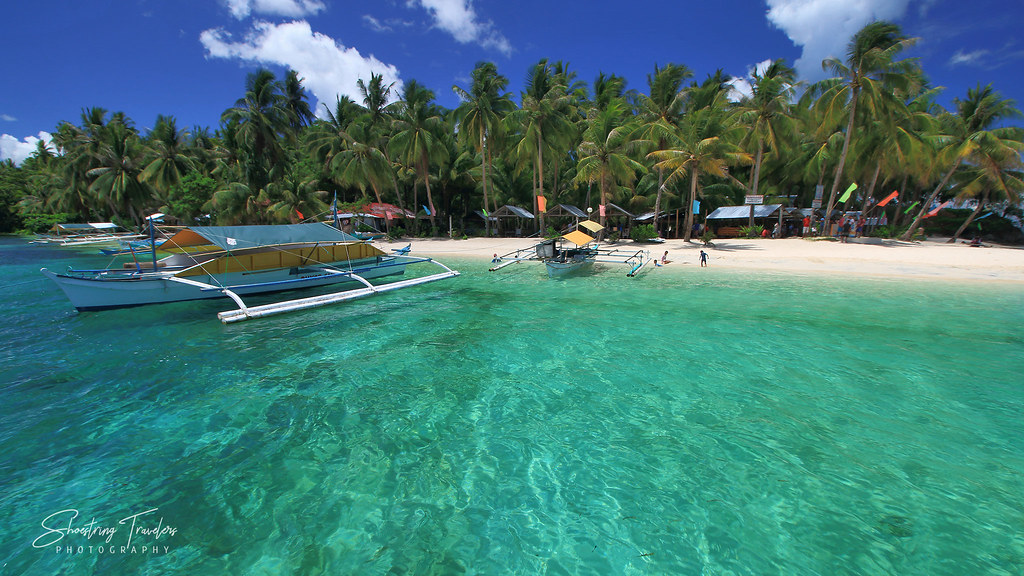 Duyos Beach and surrounding turquoise waters