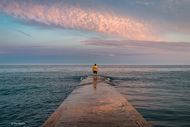 [self portrait] Enjoying the pastel canvas of sunset over Lake Ontario - Balmy Beach, Toronto