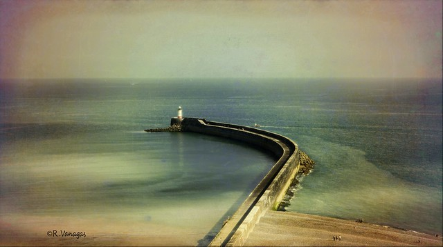 Newhaven Lighthouse 2019_ East Sussex_ England