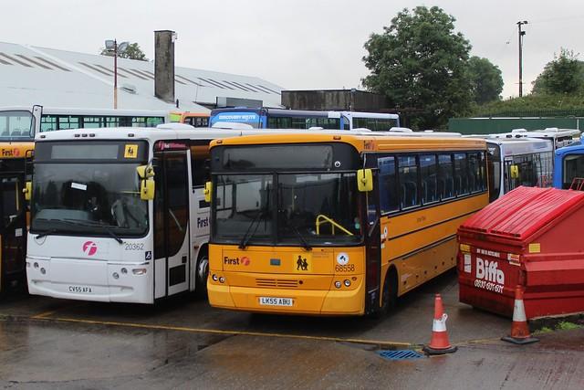 Midland Bluebird Ltd  - 68558 - LK55ABU; Bannockburn Depot; 20-07-2019
