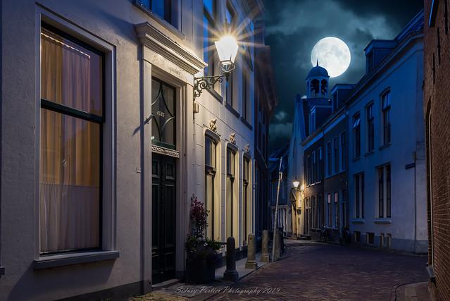 De Grote Kerkstraat in Leeuwarden op vrijdag 19 juli 2019