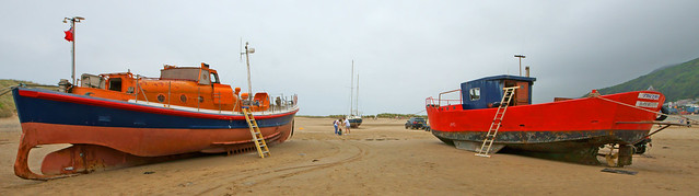 A lifeboat and a fishing boat at Barmouth