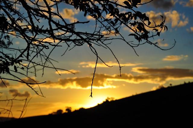 Silhuetas ao pôr do sol