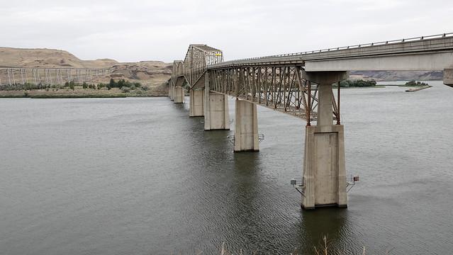 State Route 261 Lyons Ferry Bridge