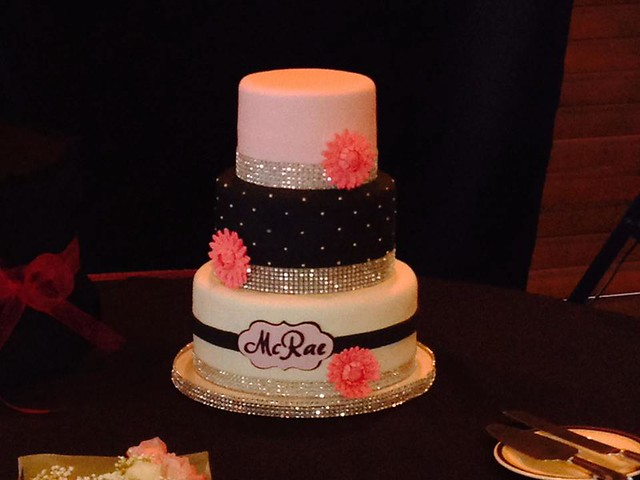 Wedding Cake by Sweet Surprise - Cakes, Cupcakes & Sweets