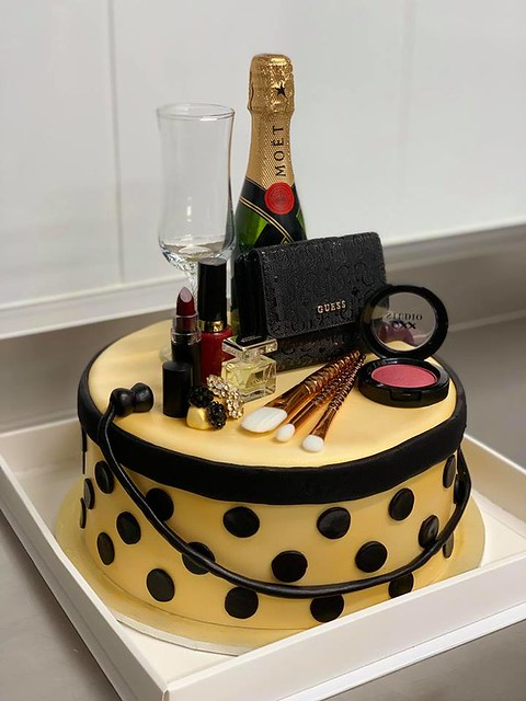 Cake by Rece's Cakes, Sweets & Treats