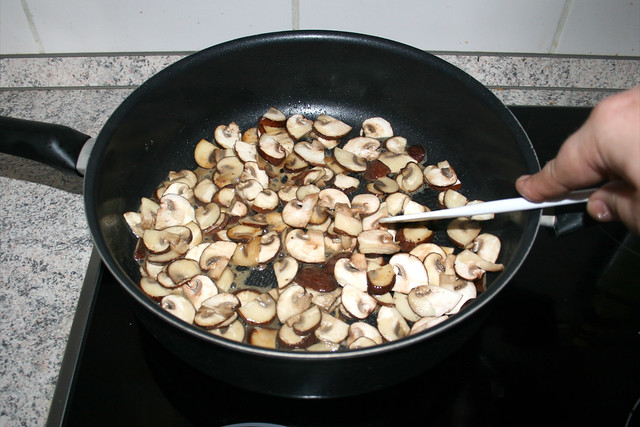20 - Champignons andünsten / Braise mushrooms