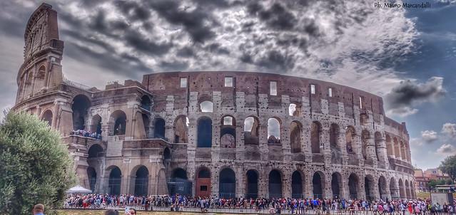 Il Colosseo; L'anfiteatro Flavio