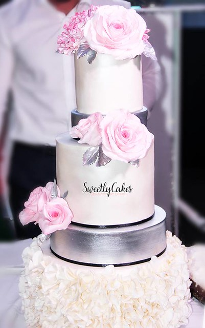 Wedding Cake by Sweetly Cakes