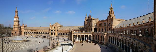 Plaza de España is beautiful crescent-shaped square in Sevilla