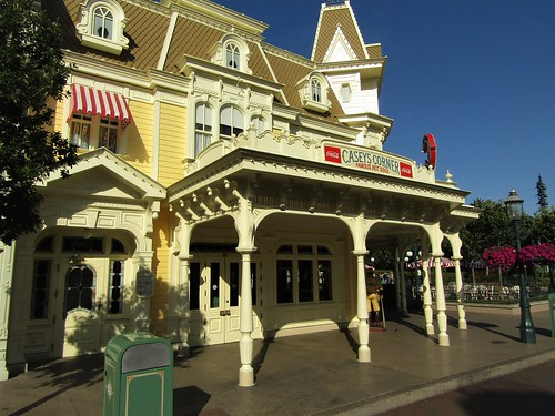 Main Street U.S.A. in Disneyland Paris