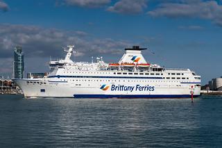 MV Bretagne, Brittany Ferries, Portsmouth Harbour, Portsmouth, Hampshire, UK