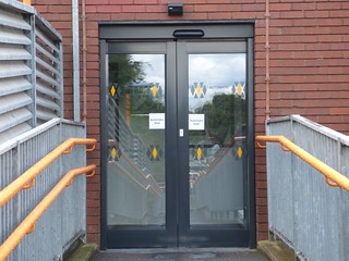 Longbridge Station reopened with a new building - Automatic Door