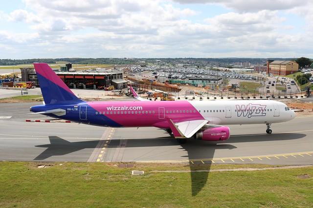 HA-LTB Airbus A321-231 Wizzair