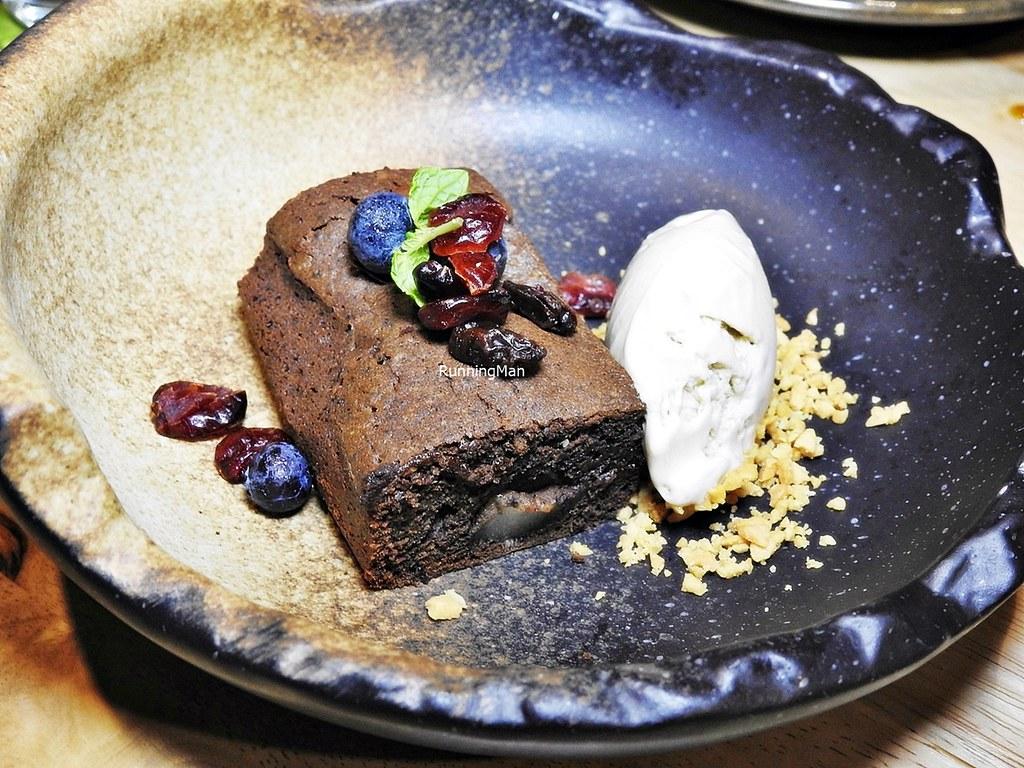 Mochi Stuffed Chocolate Brownie, Banana Ice Cream