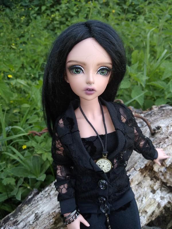 Dark ladies - Carmen (mnf Lucywen tan) p. 15 - Page 15 48336462656_03490c560e_c