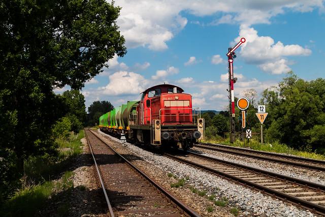 DB 294 867 mit dem Weidener Müllzug in Nabburg - 17.06.19