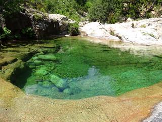 La grande vasque de la confluence Carciara/Peralzone