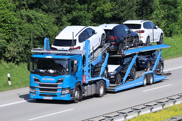 Scania P 450 Pkw-Transporter
