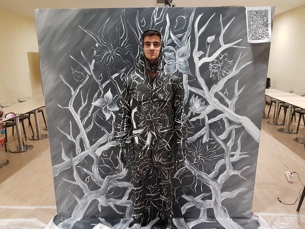 Flesh and Acrylic public art performance with living model/dancer at Ankamall, Ankara, Turkey, 2016 - Ben Heine Art