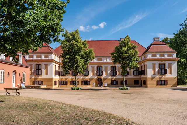 Schloss Caputh, Hofseite - Caputh Palace, courtyard front