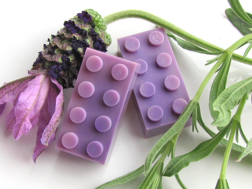 Lego Bayer ABCD bricks - milky lavender