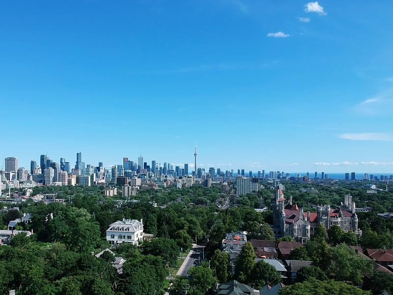 Drone Toronto skyline