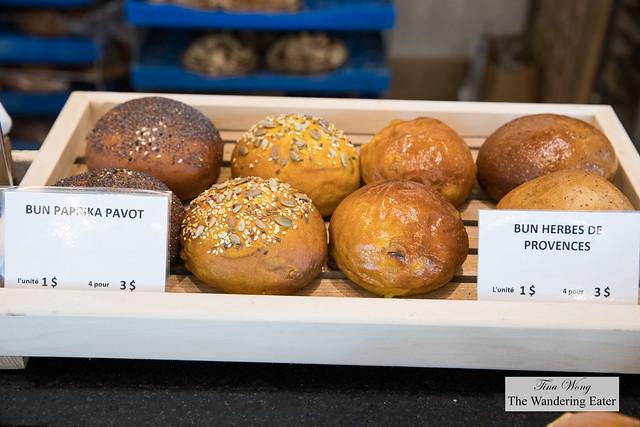 Fancy sandwich buns - paprika and poppy seeds, herbs de Provence