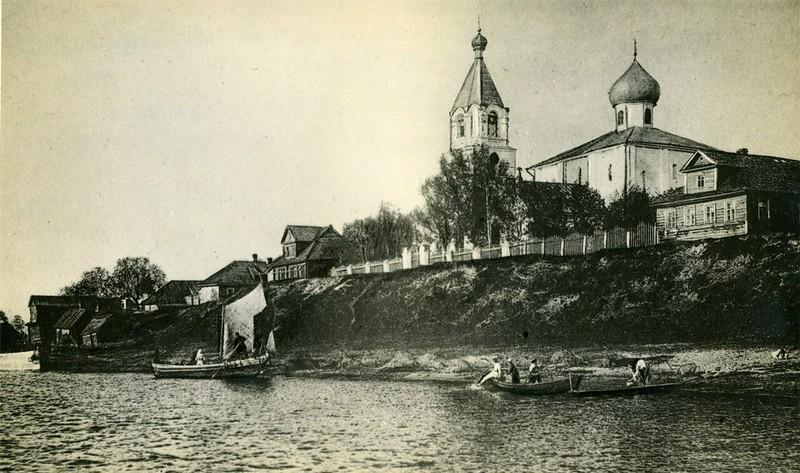 Благовещенская церковь и деревня Городище, фото начала XX века