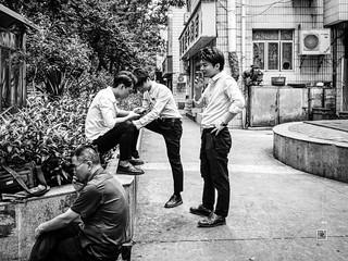People in China (Shenzhen) #62, 5-2019, candid, iPhoneX (Vlad Meytin, vladsm.com)