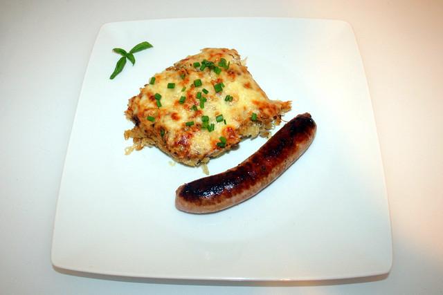 36 - Green spelt sauerkraut casserole - Served / Grünkern-Sauerkraut-Auflauf - Serviert