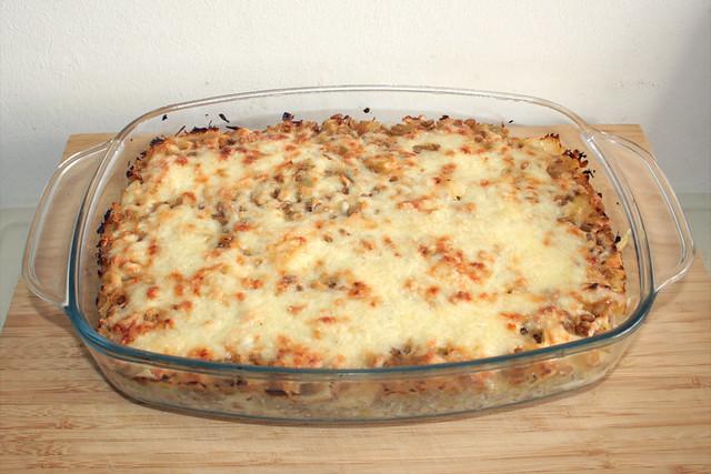 35 - Freekeh sauerkraut casserole - Finished baking / Grünkern-Sauerkraut-Auflauf - Fertig-gebacken