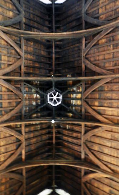techo artesonado de madera interior Castillo de Bunratty Republica de Irlanda