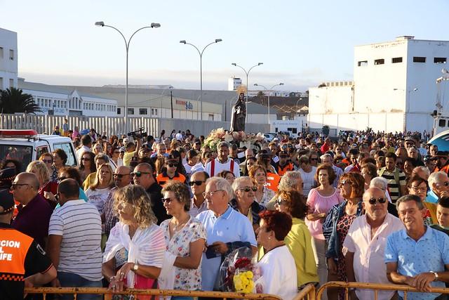 Procesión marítima del Carmen en Valterra  2019