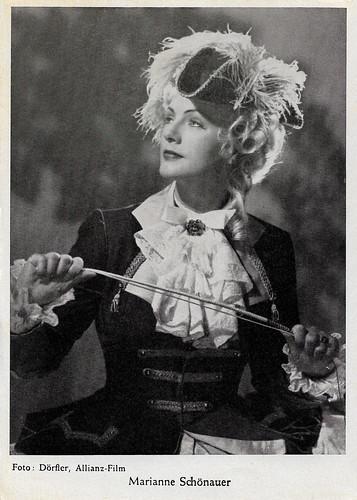 Marianne Schönauer in Mönche, Mädchen und Panduren (1952)