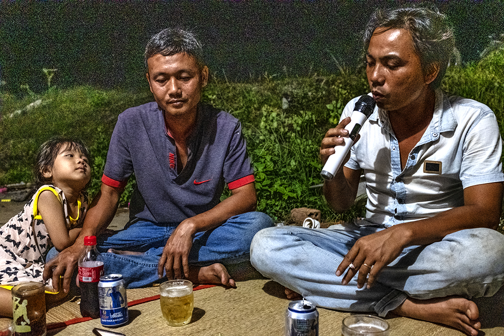 Eating, drinking and singing on 7-21-19--Ea Kly 2