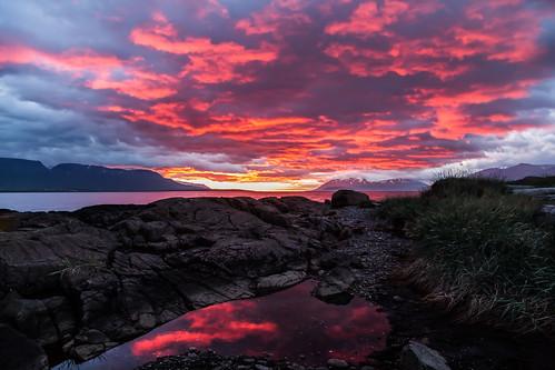 red svalbarðseyri svalbarðsströnd nature northiceland iceland sky sun sunset night kaldbakur mountains mountain reflection july 2019