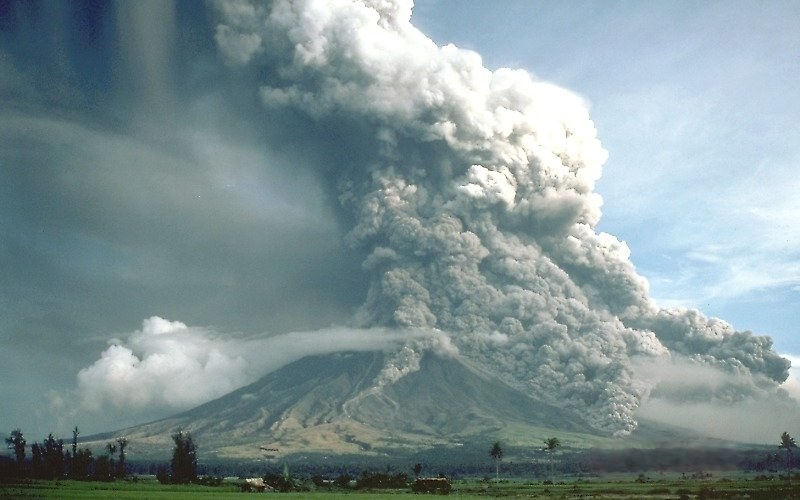 1984年,菲律賓馬榮火山的火山碎屑流。圖片來源│維基百科