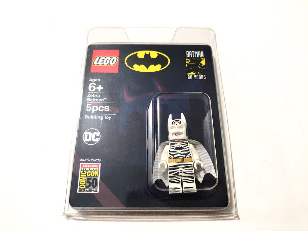 LEGO DC SDCC 2019 Zebra Batman | Read more here: www thebric… | Flickr