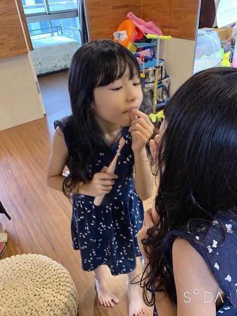【Oclean Air輕巧型智能聲波電動牙刷】監視小孩好好刷牙的好幫手