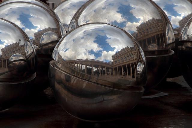 La sfera per vedere il passato