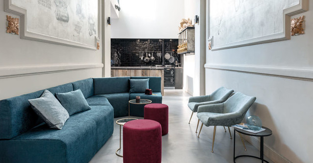 Blue-upholstered-couches-in-FibreGuard-Cocktail