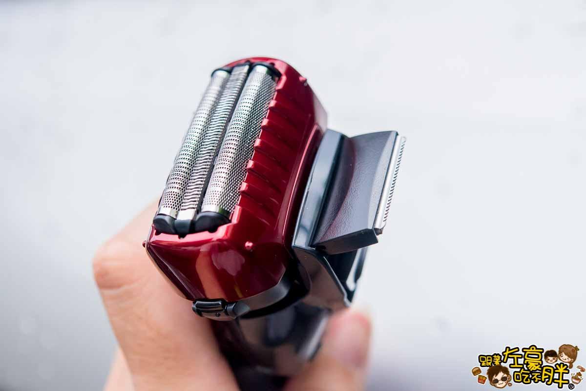 Panasonic超跑系3枚刃電鬍刀推薦(ES-ST6R)-15